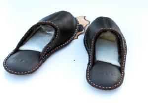 Мъжки домашни чехли - тъмнокафяв напалан