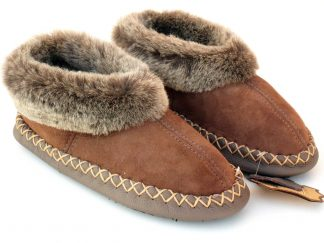 Men's handmade sheepskin booties