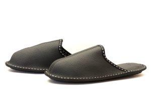 Мъжки домашни чехли от естествена телешка кожа - черен шагрен