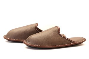 Мъжки домашни чехли от естествена телешка кожа - кафяв шагрен