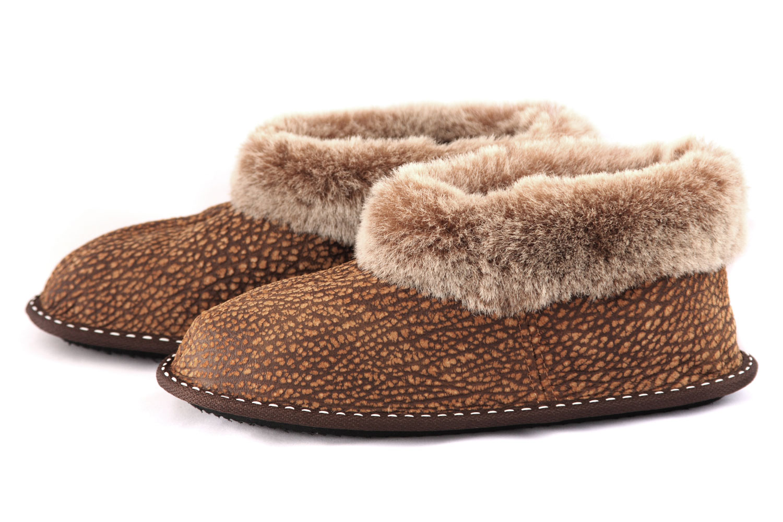 Дамски домашни пантофи от естествена кожа - мутон