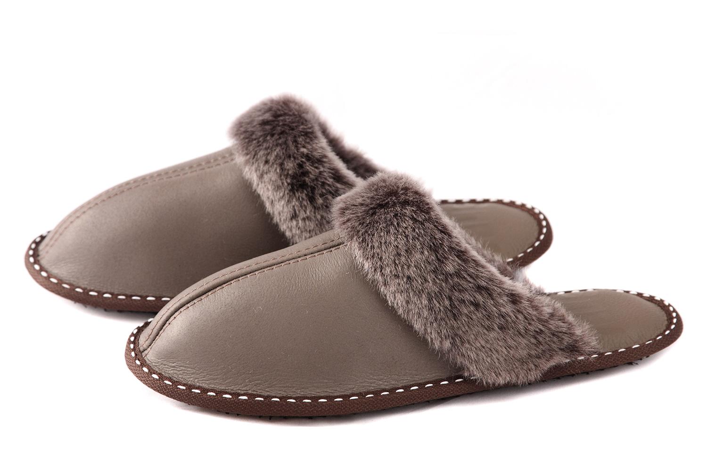 Дамски домашни чехли от естествена кожа с пух - кафяв напалан